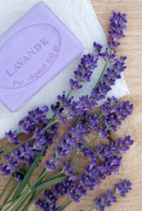 Seife-Seifenstück-Lavendel-cultureandcream-blogpost