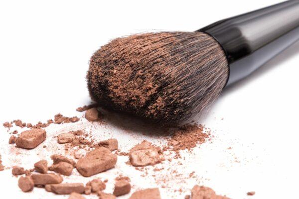 Puder-Pinsel-Bronzer-Schminken-Makeup-cultureandcream-blogpost