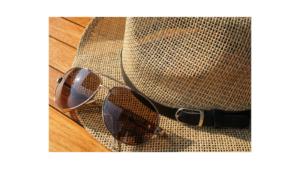 Sonnenschutz-Strohhut-Sonnenbrille-cultureandcream-blogpost