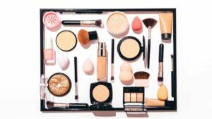Makeup-Schminken-Tools-Texturen Puder-cultureandcream-blogpost