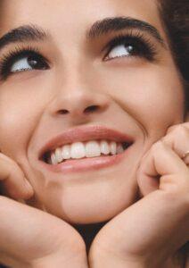 Clarins_Supra-Lift-Curl-Mascara_Model-Visual_Augen-Wimpern-cultureandcream-blogpost