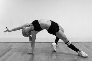 Laura-Biemann-Körperarbeit-Yoga-Tänzerin-cultureandcream-blogpost