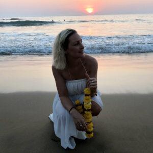 Laura-Biemann-Indien-Strand-Yoga-cultureandcream-blogpost