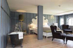 Junior-Suite-Mary-Portman-House-hotel-kranzbach-cultureandcream-blogpost